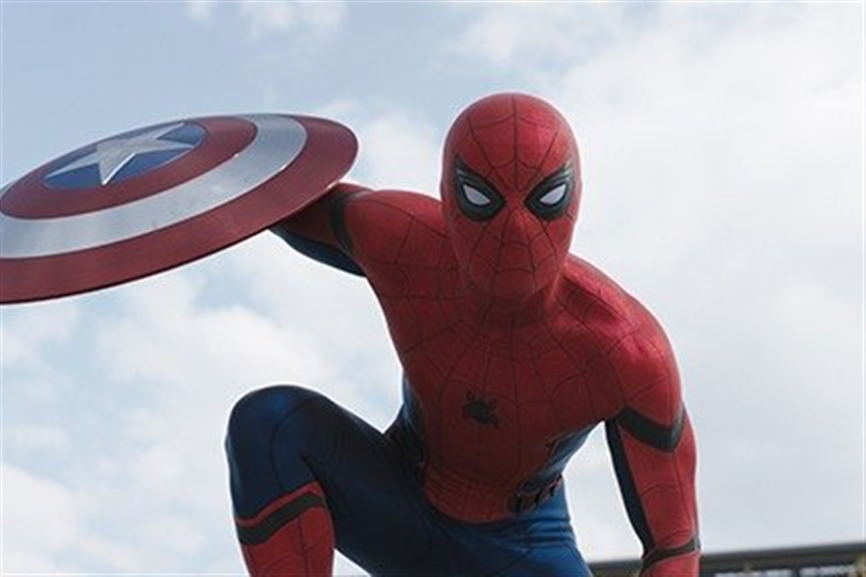 Captain America: Civil War - What2Watch